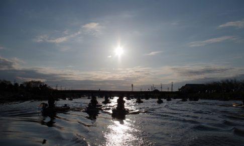 新利根川の朝