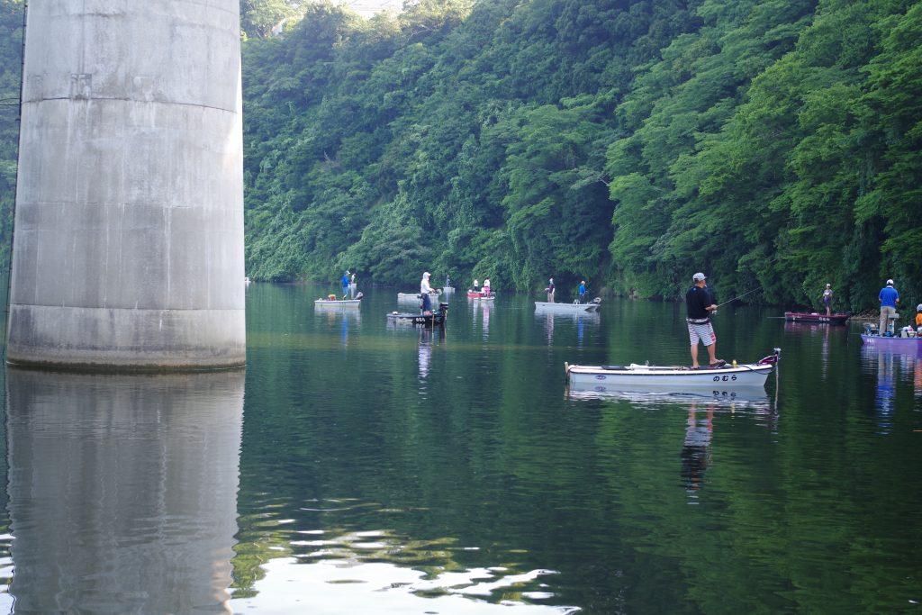 のむらボート前亀山