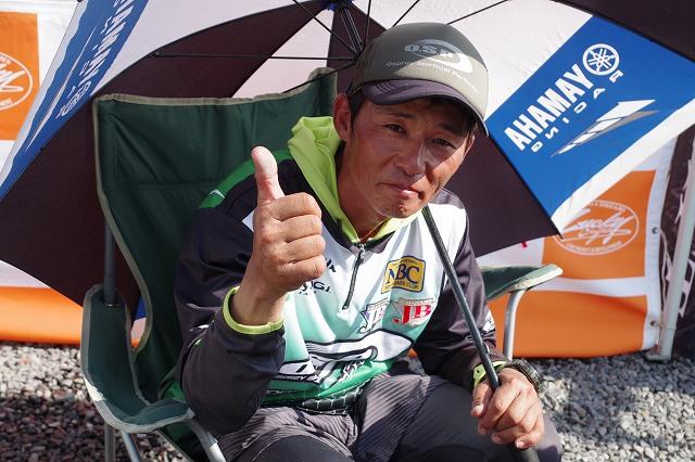 ホットシートのH-1グランプリ折金選手